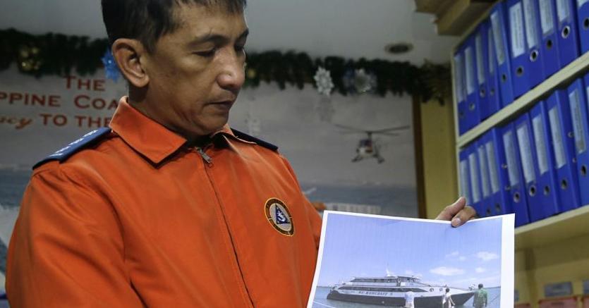 Filippine: traghetto va a fondo, almeno 4 vittime